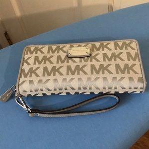Michael Kors light gray monogram wallet